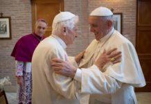 Папа-эмерит Бенедикт XVI отметил свой 90-летний юбилей