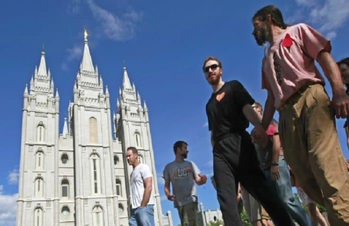 Шотландские теологи призвали Церковь извиниться перед геями