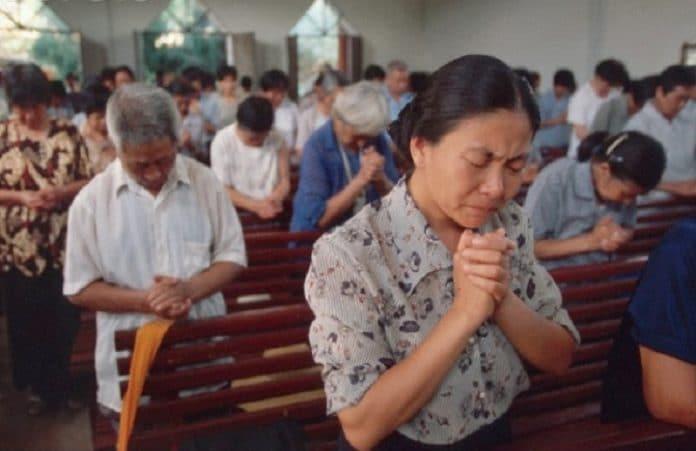 В Китае продолжаются рейды на подпольные церкви