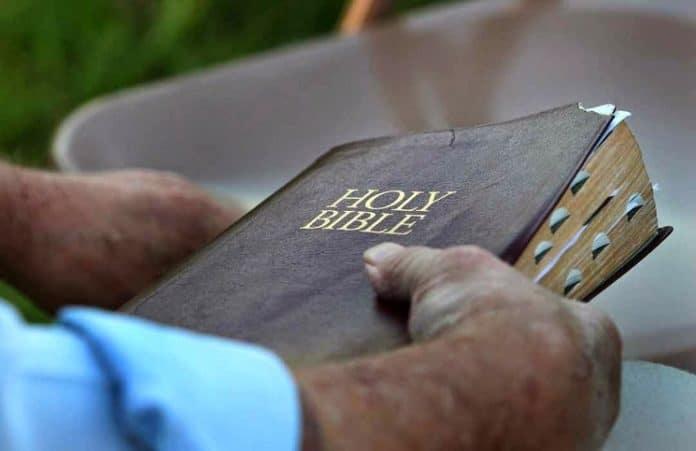 В Миссисипи ученики добились права дарить Библии одноклассникам