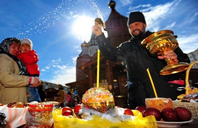 Почти три четверти россиян не соблюдают Великий пост, но Пасху отмечать собираются