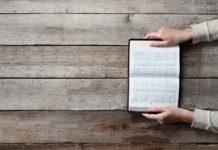 Американцы считают Библию сборником мифом