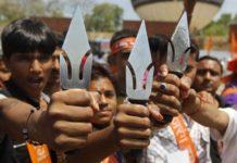 В Индии толпа язычников разгромила католический храм