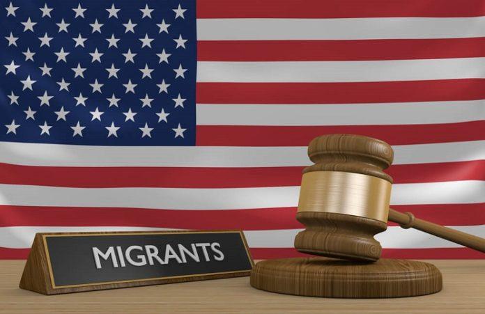 Служители выступили против депортации из США иракских христиан