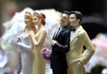 """Синод Шотландской епископальной церкви разрешил """"венчать"""" однополые пары"""