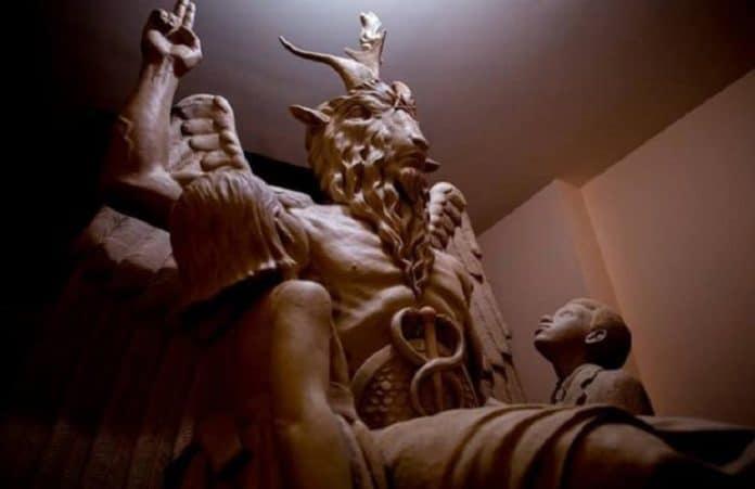 Христиане в США против установки первого памятника сатане