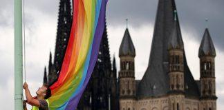 """Парламент Германии проголосовал за легализацию гей-""""браков"""""""
