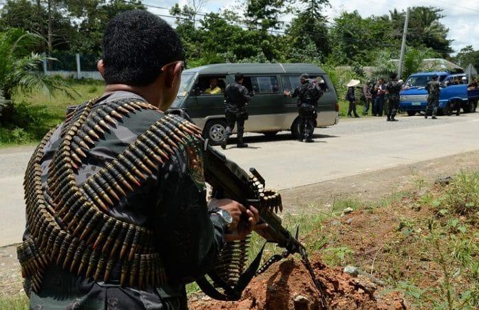 Боевики намерены принудить заложников-христиан выступить в роли смертников