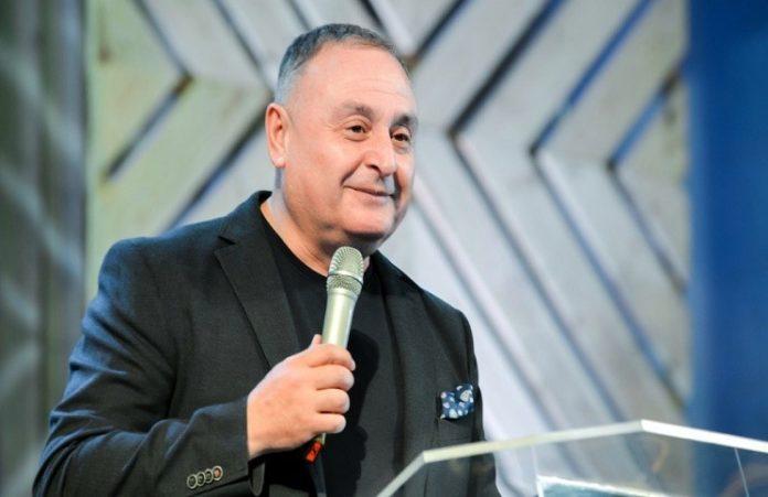На открытии конференции #Wave17 Артур Симонян рассказал о значении снов