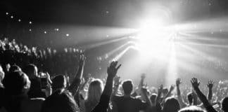 Hillsong выпустила новый альбом «Да будет свет» на русском языке