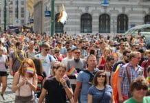 Англиканская епархия Сиднея выделила миллион долларов на кампанию против геев