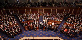 В США приняли закон, предоставляющий больше прав верующим