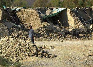 Землетрясение в Иране: более 300 погибших, около двух тысяч раненых