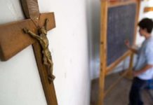 В Турции продолжается удушение христианских школ: их осталось всего 24
