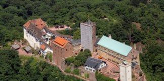 В замке, где Мартин Лютер перевел Новый Завет, проводятся экскурсии