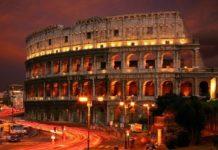 Колизей окрасился в цвет крови в память о гонимых христианах