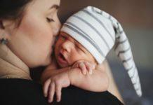 #зачемрожала: началась сетевая акция в защиту материнства
