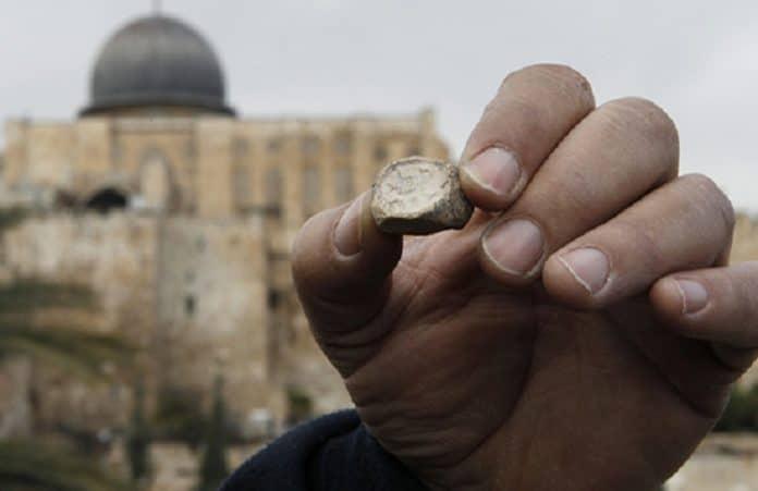 У южной части стены Иерусалима найдена печать Исайи