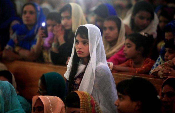 Протестанты и католики Пакистана провели митинг в поддержку христиан