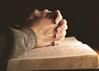 10 сильных молитв, которым учит нас книга Деяний Апостолов
