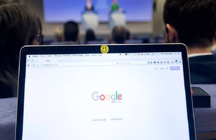 Google заблокировал социальную рекламу в преддверии референдума о легализации абортов в Ирландии