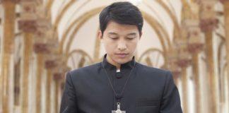 В одной из провинций Китая чиновники обязали церкви начинать служения гимном