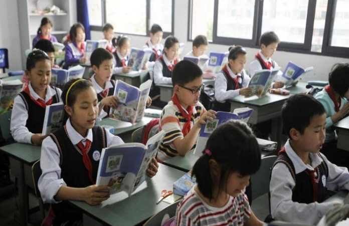 Руководство школ Китая будет наказывать учеников за посещение церквей
