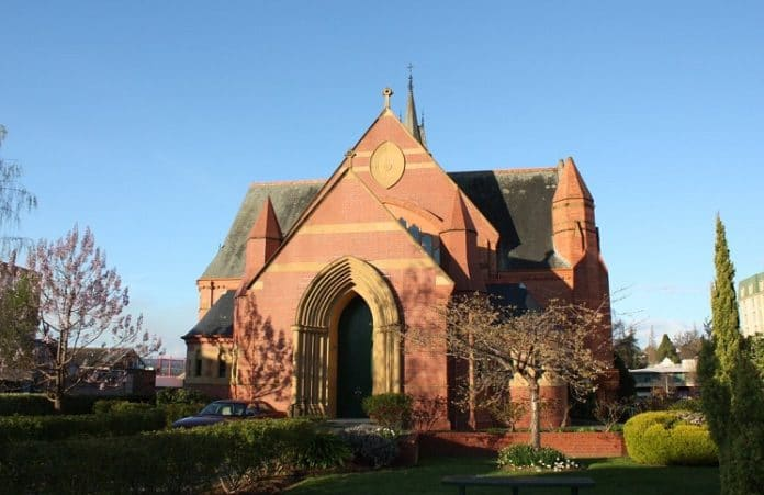 Англикане Тасмании будут продавать церкви, чтобы помочь жертвам сексуального насилия